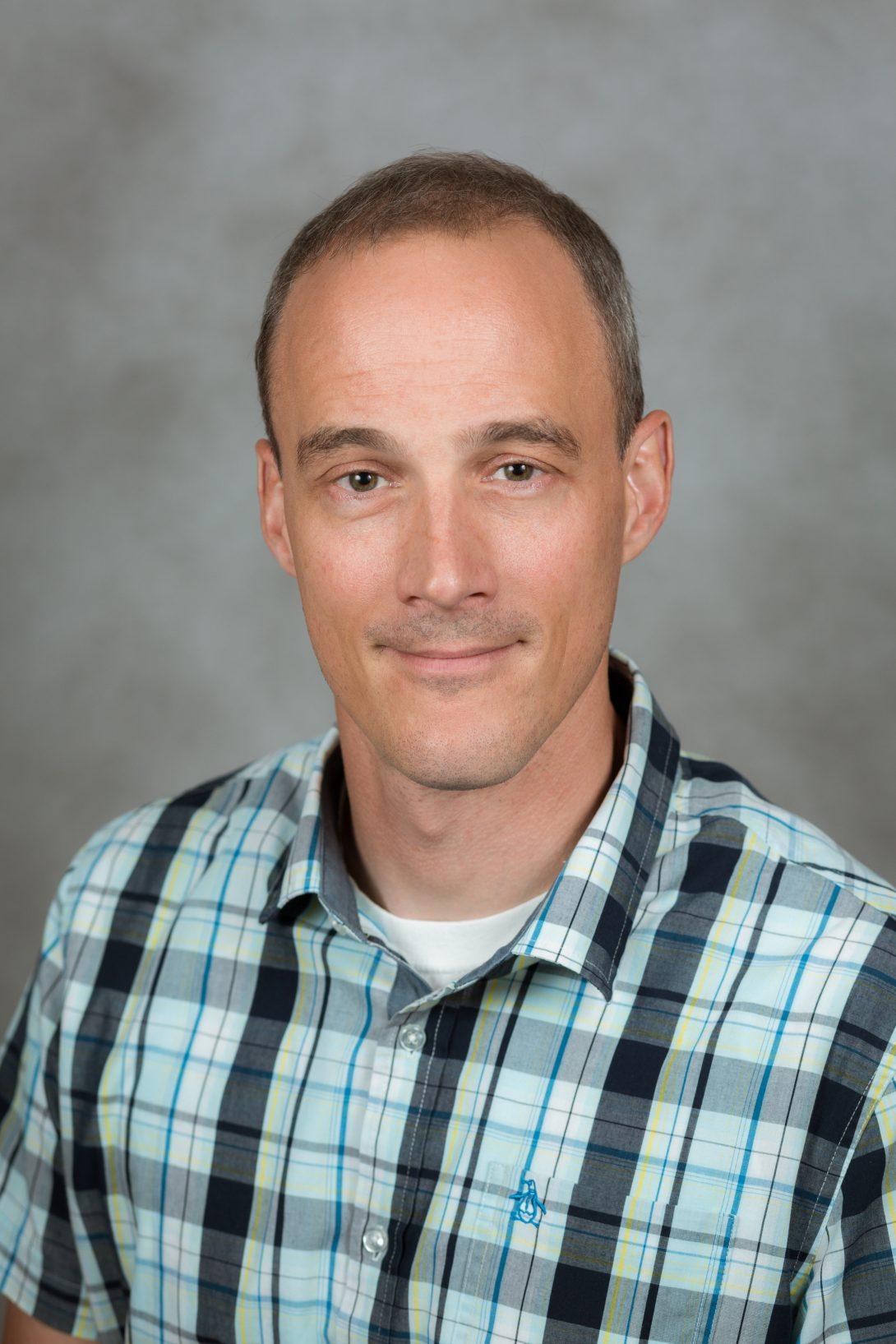 2021 Capstone Supervisor of the Year: Dr. Robert F Klie